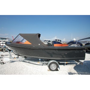 Maxima Boats 550 Package